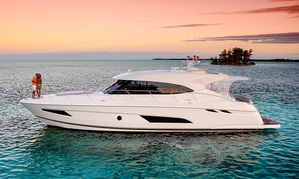 World Premiere in Miami – 5400 Sport Yacht – The Spirit of Excellence